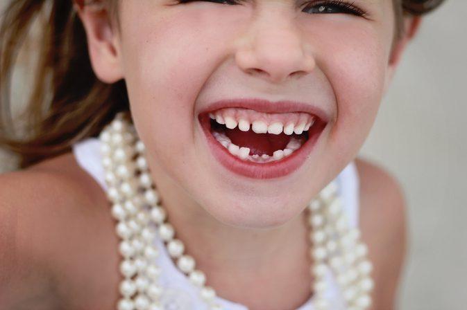 Sa pastram dintii de lapte ai copiilor nostri? Healthy Teeth sfatuieste.