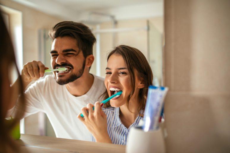 Ghid Healthy Teeth: Ce inseamna sa ai o igiena orala de baza?