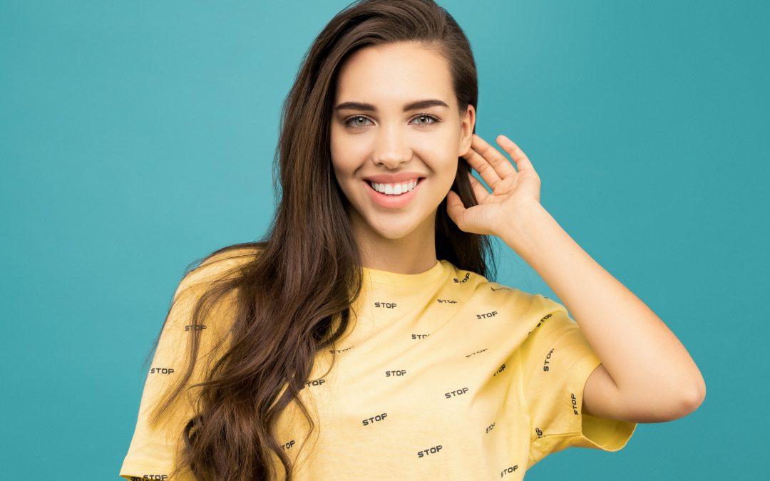 Fațetele dentare: o soluție pentru un zâmbet perfect